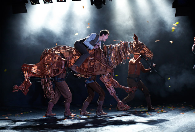 """War Horse"" mesmerizes in its sheer magnificence"