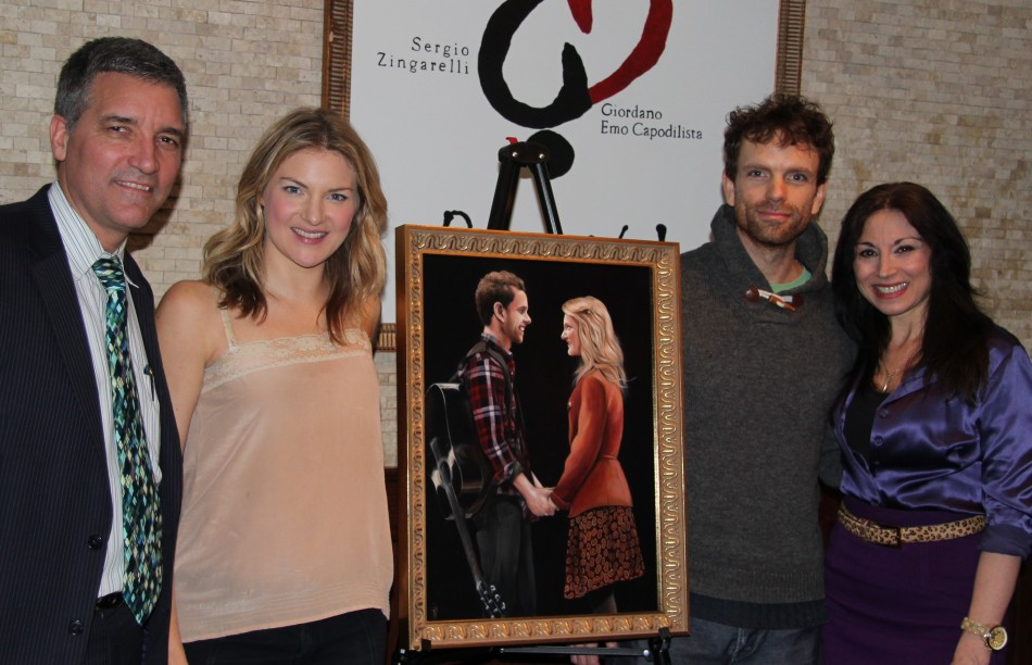 """Portrait Unveiled for Cast of """"Once"""" at Tony's di Napoli"""