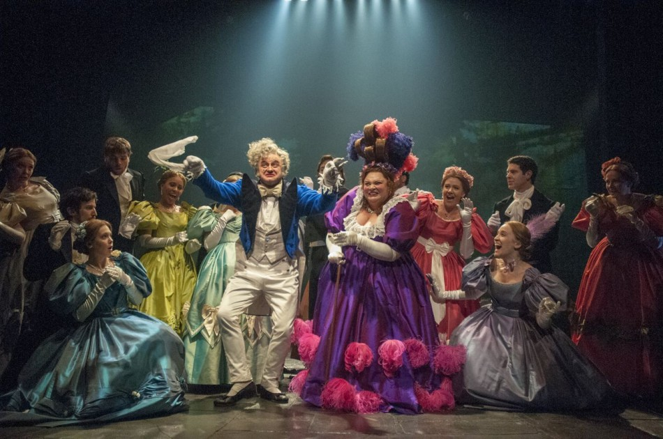 """Brooding Darkness Prevails in """"Les Miserables"""""""