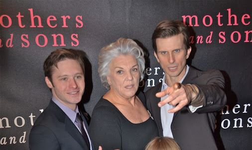 """Mothers and Sons"" Cast Partners with 29th AIDS Walk"