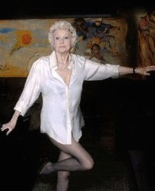 Looking Back at Elaine Stritch 'Singin' Sondheim'-Cafe Carlyle (video)