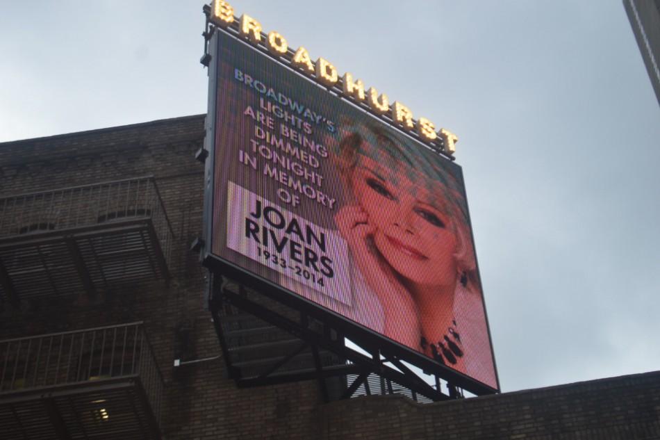 Turnaround: Theaters Darken in Tribute to Joan Rivers