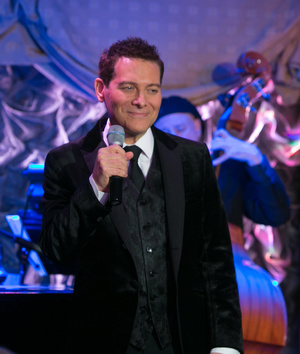 Michael Feinstein is Swinging With the Band
