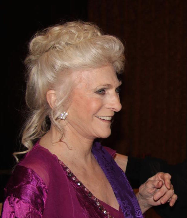 Judy Collins Honored by Dutch Treat Club