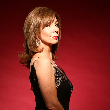Rita Rudner Still Has 'Em Laughing in Her Own Calm, Cool, Collected Style