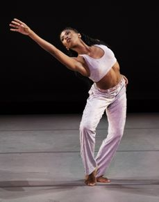 Alvin+Ailey+American+Dance+Theater's+Jacqueline+Green+in+Kyle+Abraham's+Untitled+America+First+Movement.+Photo+by+Paul+Kolnik+(2)_mid
