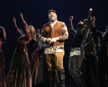 Fiddler on the Roof – Tradition Tradition!