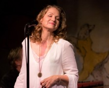 Joan Osborne at Cafe Carlyle