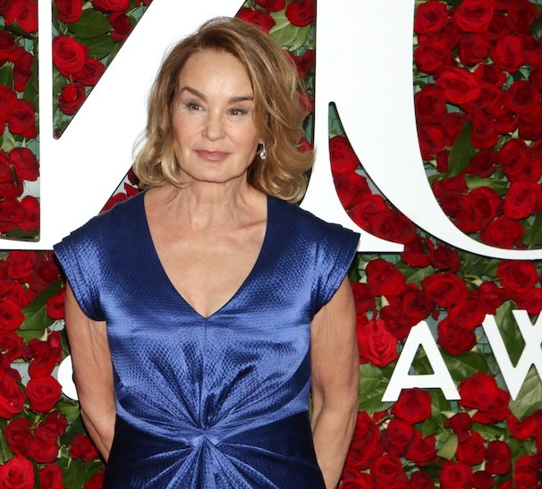 Post-Tonys Round Up Part II – Red Carpet Arrivals