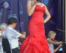 Glee Meets Smash at NY Pops Forest Hills Stadium (see video)