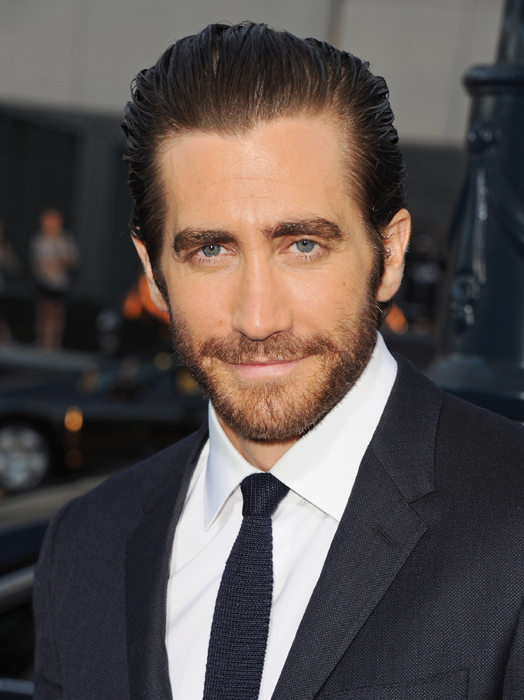 """BEVERLY HILLS, CA - SEPTEMBER 12: Actor Jake Gyllenhaal arrives at the Los Angeles Premiere """"Prisoners"""" at the Academy of Motion Picture Arts and Sciences on September 12, 2013 in Beverly Hills, California. (Photo by Jon Kopaloff/FilmMagic)"""