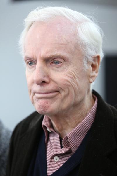 John McMartin Dies