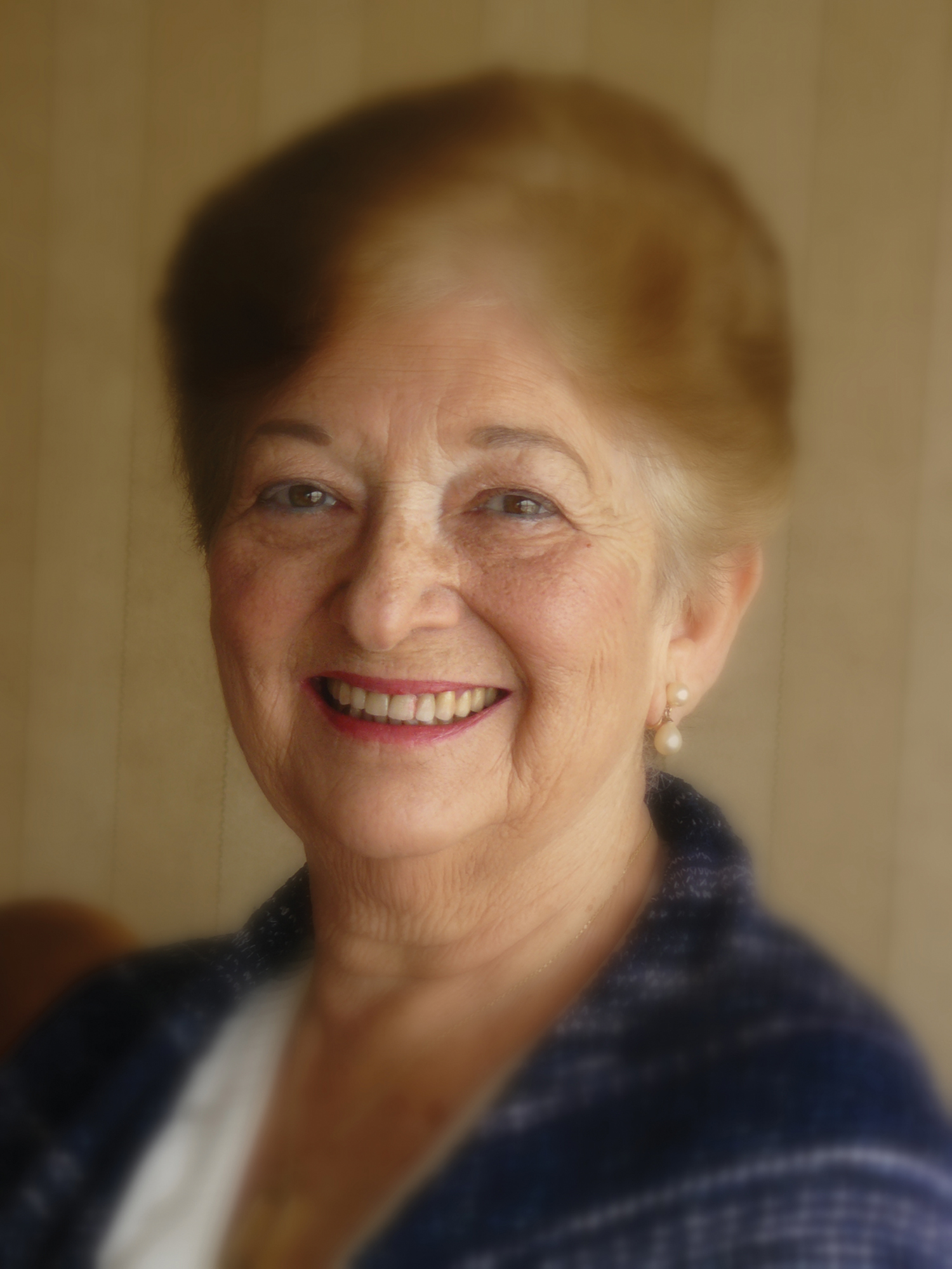 Barbara Leavy – Writer, Educator, Wife, Mother Passes Away