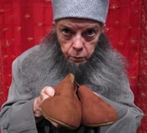 Abu Casem's Slippers: Arabian Nights Sting Strindberg