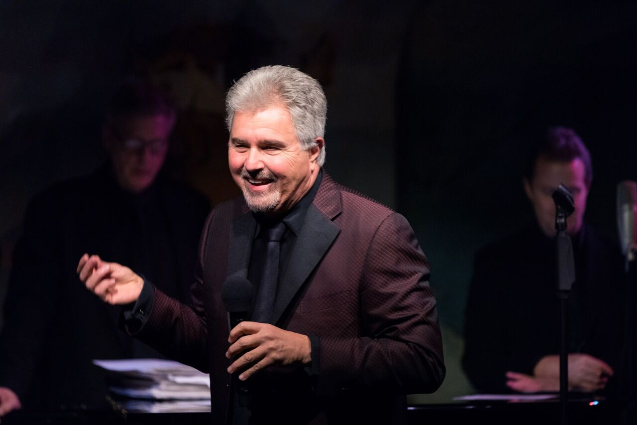 Steve Tyrell is Home for the Holidays