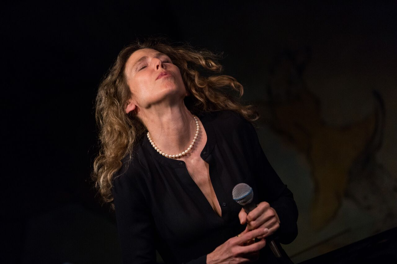Sophie B Hawkins Debuts at Cafe Carlyle