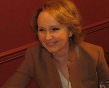 Kate Burton Will Finally Star on Sardi's Legendary Wall