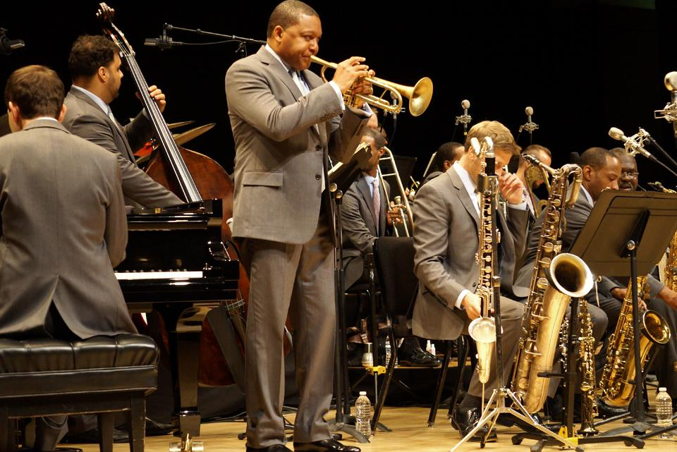 The Jazz at Lincoln Center Orchestra: The Best of Basie and Black, Brown & Beige