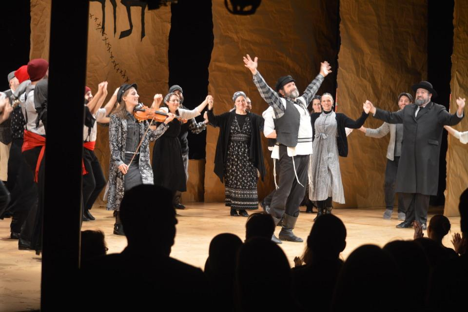Yiddish Fiddler Opens at Stage 42 – Red Carpet, Curtain Call, After Party