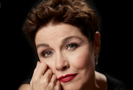 Christine Andreas Sings for Fans and Theater Pizzazz